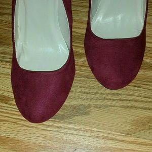 Burgundy Qupid Heels